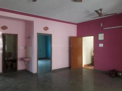 Gallery Cover Image of 1800 Sq.ft 3 BHK Apartment for rent in Iyyappanthangal for 20000