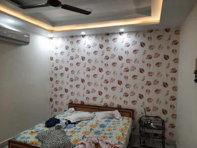 Gallery Cover Image of 300 Sq.ft 1 RK Independent Floor for rent in Moti Nagar for 10000