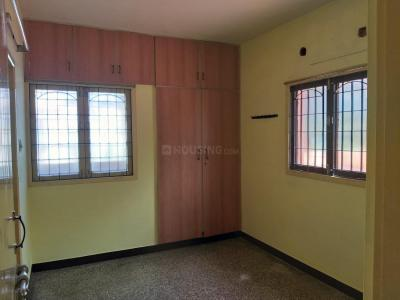 Gallery Cover Image of 650 Sq.ft 1 BHK Apartment for buy in Adyar for 4500000