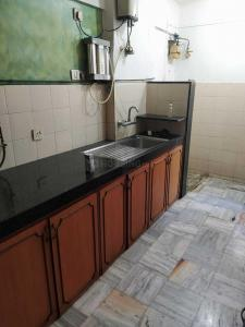Gallery Cover Image of 1050 Sq.ft 2 BHK Apartment for rent in Powai for 43000