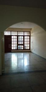 Gallery Cover Image of 800 Sq.ft 1 BHK Independent Floor for rent in Sector 16A for 8000