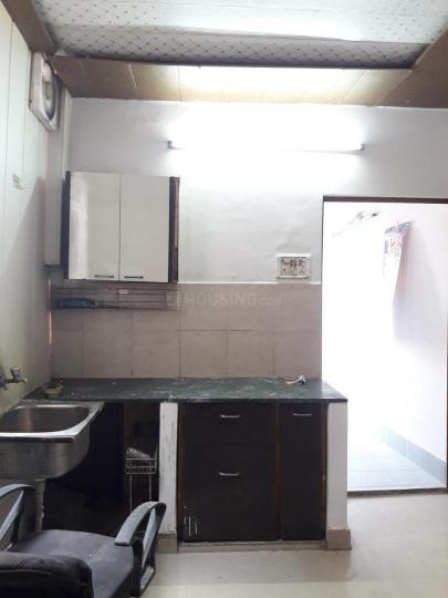 पटेल नगर में स्काइ पीजी में किचन की तस्वीर
