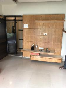 Gallery Cover Image of 500 Sq.ft 1 BHK Apartment for rent in Gultekdi for 12000