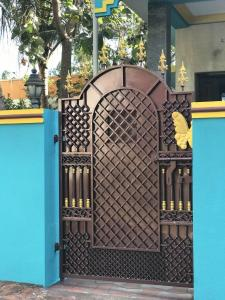 Gallery Cover Image of 2880 Sq.ft 3 BHK Independent House for rent in Chengalpattu for 15000