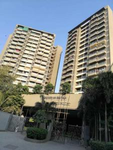 Gallery Cover Image of 1105 Sq.ft 2 BHK Apartment for rent in Kandivali East for 36000