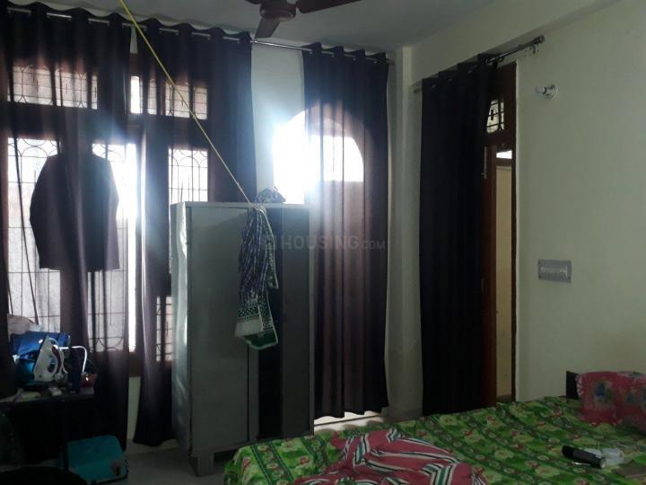 सेक्टर 58 में निममि होम्स के बेडरूम की तस्वीर