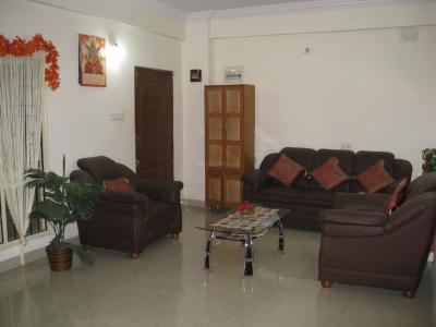 Gallery Cover Image of 1395 Sq.ft 3 BHK Apartment for rent in Deepicas Residency, C V Raman Nagar for 31000