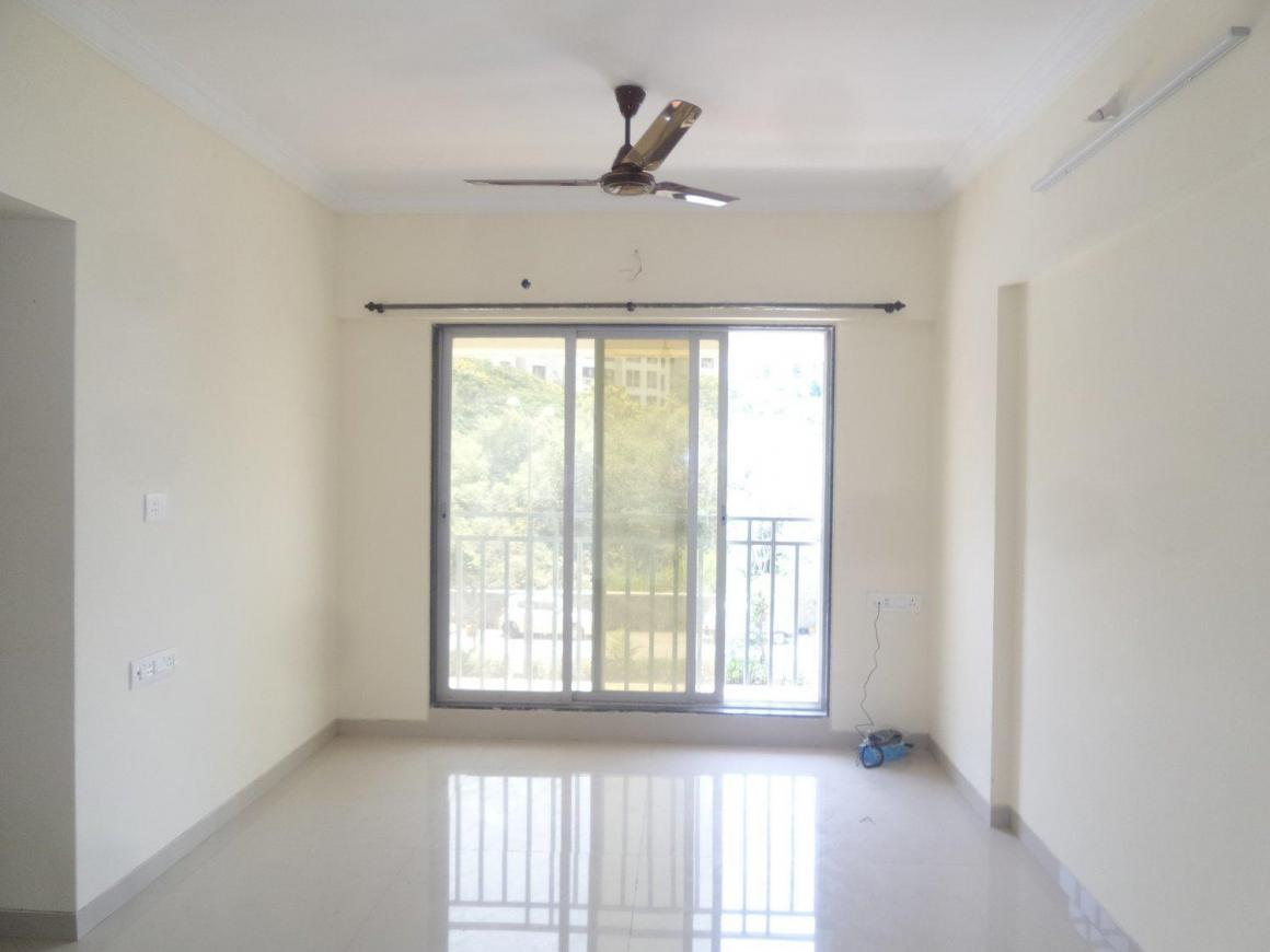 Living Room Image of 1100 Sq.ft 2 BHK Apartment for rent in Kandivali West for 26000
