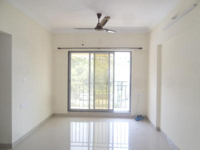 Gallery Cover Image of 1100 Sq.ft 2 BHK Apartment for rent in Kandivali West for 26000