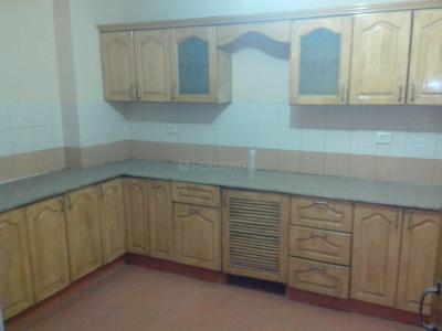 Gallery Cover Image of 1190 Sq.ft 2 BHK Apartment for rent in Supertech Icon, Nyay Khand for 12000