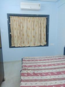 Gallery Cover Image of 420 Sq.ft 1 BHK Apartment for rent in Sewri for 35000