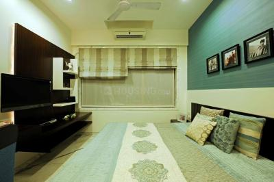 Gallery Cover Image of 900 Sq.ft 2 BHK Apartment for buy in Umerkhadi for 30000000