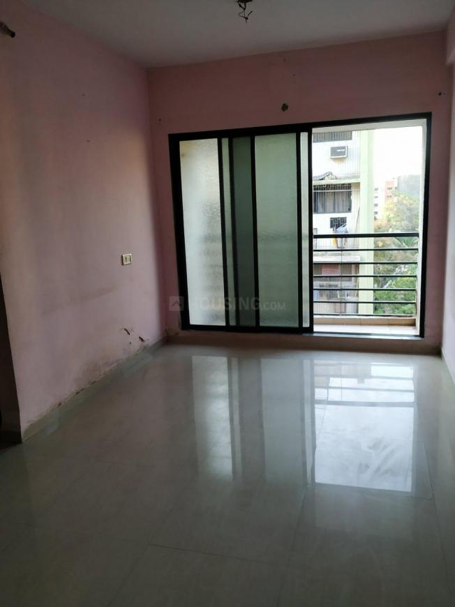 Living Room Image of 630 Sq.ft 1 BHK Apartment for rent in Kalwa for 14000