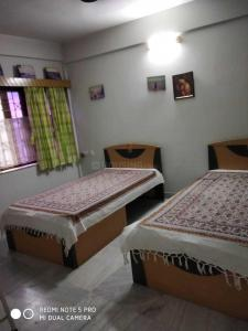 Gallery Cover Image of 1100 Sq.ft 2 BHK Apartment for rent in Netaji Nagar for 30000
