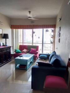 Gallery Cover Image of 1250 Sq.ft 3 BHK Apartment for rent in Dosti Flamingos, Sewri for 95000