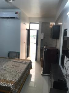 Gallery Cover Image of 355 Sq.ft 1 RK Apartment for rent in Sector 45 for 18000