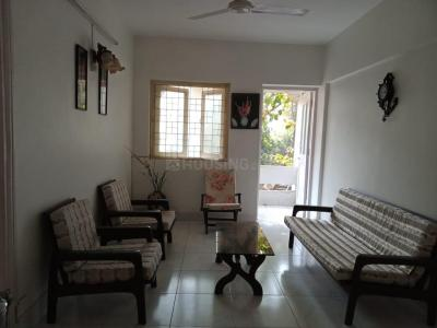 Gallery Cover Image of 650 Sq.ft 2 BHK Apartment for rent in Irolette Apartments, Juhu for 55000