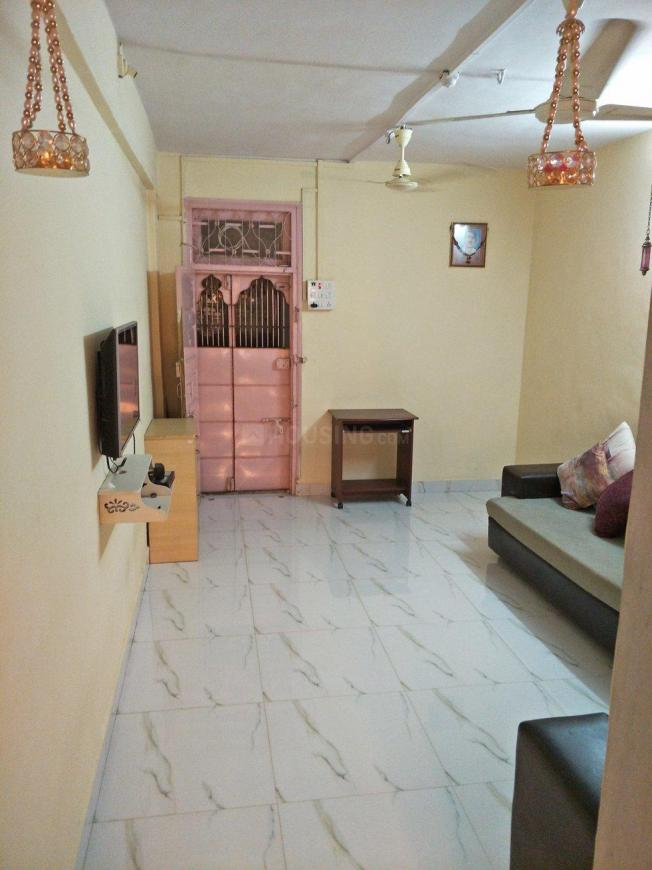 Living Room Image of 560 Sq.ft 1 BHK Apartment for rent in Dombivli East for 14500