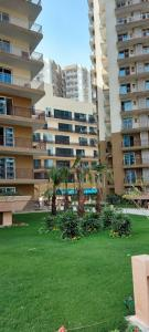 Gallery Cover Image of 1152 Sq.ft 2 BHK Apartment for buy in Aastha Greens, Noida Extension for 5950000