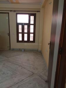 Gallery Cover Image of 1000 Sq.ft 3 BHK Independent Floor for rent in Mahavir Enclave for 14000