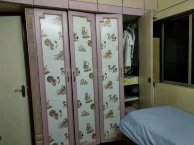 Bedroom Image of Single Occupancy Room In 2 Bhk in Khar West