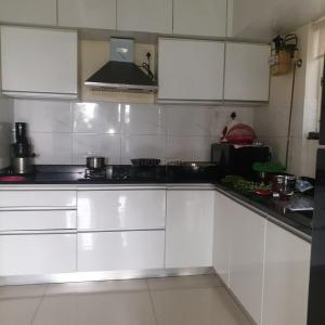 Gallery Cover Image of 780 Sq.ft 1 BHK Apartment for rent in Kharadi for 22000