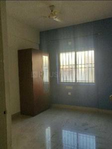 Gallery Cover Image of 1000 Sq.ft 2 BHK Apartment for rent in Prabhavathi Enclave, Bommanahalli for 16000