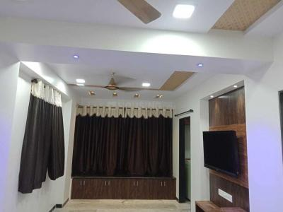 Gallery Cover Image of 700 Sq.ft 2 BHK Apartment for rent in Mulund East for 35000