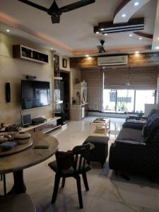 Gallery Cover Image of 1300 Sq.ft 2 BHK Apartment for buy in Bhowanipore for 15000000