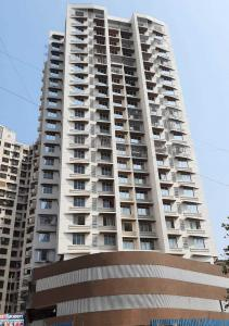 Gallery Cover Image of 585 Sq.ft 1 BHK Apartment for rent in Malad East for 21000