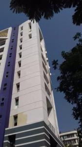 Gallery Cover Image of 1900 Sq.ft 3 BHK Apartment for buy in Goregaon West for 19500000