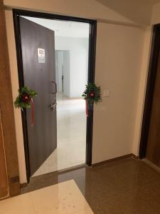 Gallery Cover Image of 800 Sq.ft 1 BHK Apartment for rent in Palava Phase 1 Usarghar Gaon for 12000