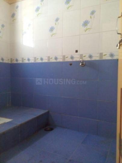 Common Bathroom Image of 600 Sq.ft 1 BHK Independent House for rent in Wadgaon Sheri for 11000