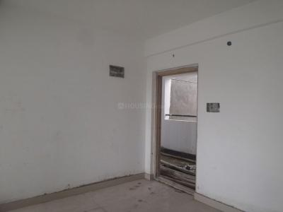 Gallery Cover Image of 946 Sq.ft 2 BHK Apartment for buy in Bommasandra for 3500000