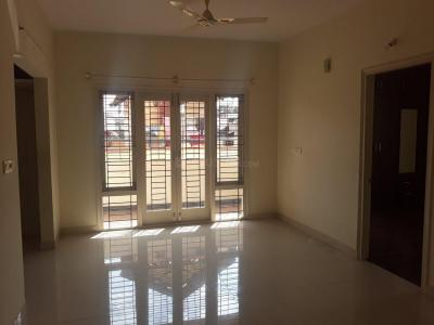 Gallery Cover Image of 1500 Sq.ft 3 BHK Independent Floor for rent in Domlur Layout for 35000