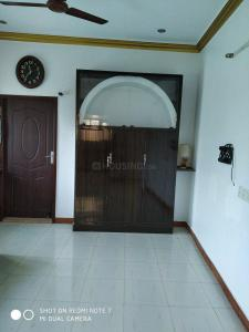 Gallery Cover Image of 1500 Sq.ft 3 BHK Independent Floor for rent in Meenambakkam for 22000