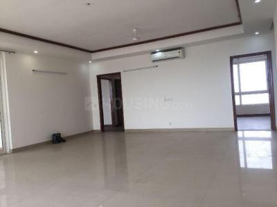 Gallery Cover Image of 1850 Sq.ft 3 BHK Apartment for rent in Sector 128 for 20000