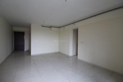 Gallery Cover Image of 840 Sq.ft 2 BHK Apartment for rent in Kandivali East for 40000
