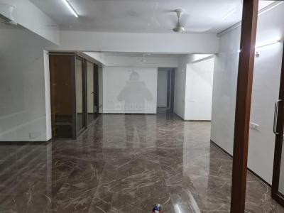 Gallery Cover Image of 2350 Sq.ft 4 BHK Apartment for rent in Maple Tree Garden Homes, Memnagar for 48000