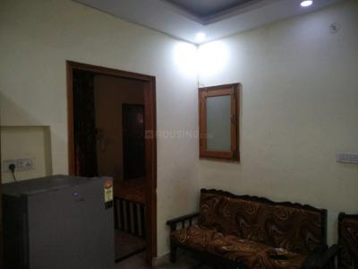 Gallery Cover Image of 900 Sq.ft 2 BHK Apartment for rent in Dwarka Mor for 22000