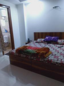 Bedroom Image of Hunar Girls PG in Sector 48