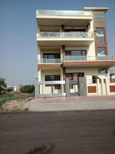 Gallery Cover Image of 2430 Sq.ft 10 BHK Independent Floor for rent in Sector 57 for 150000