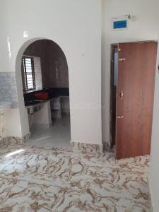Gallery Cover Image of 550 Sq.ft 1 BHK Independent House for rent in Jadavpur for 6000