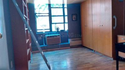 Gallery Cover Image of 1064 Sq.ft 3 BHK Apartment for buy in Bandra West for 70000000
