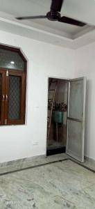 Gallery Cover Image of 1000 Sq.ft 2 BHK Independent House for rent in Jhilmil Colony for 14000