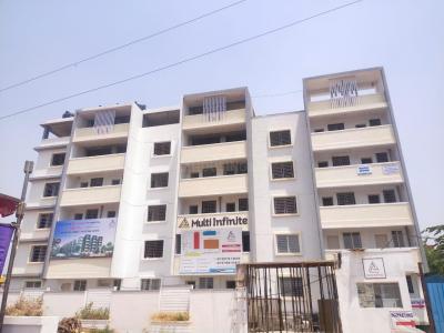 Gallery Cover Image of 600 Sq.ft 1 BHK Apartment for buy in Multi Infinite, Vidyaranyapura for 3250000