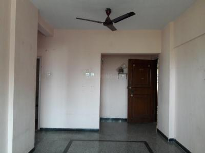 Gallery Cover Image of 575 Sq.ft 1 BHK Apartment for rent in Borivali East for 20000