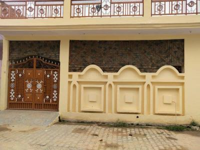 Gallery Cover Image of 1200 Sq.ft 4 BHK Independent House for buy in Laxmi Nagar for 5500000
