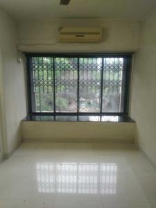 Gallery Cover Image of 1150 Sq.ft 2 BHK Apartment for rent in Goregaon West for 35000