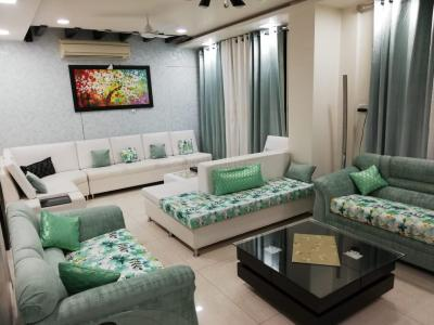 Gallery Cover Image of 2350 Sq.ft 4 BHK Apartment for buy in JMD Gardens, Sector 33 for 17000000